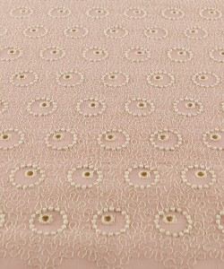 Broderie romantique 130 cm for sale
